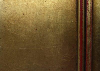 Echatillon: feuille d'or, patine et usure.